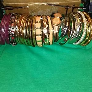Bundle of 40 super cute bracelets!